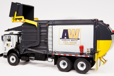 Commercial Dumpster Rentals in Canada Call Toll Free (888) 407-0181